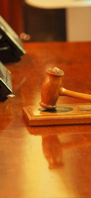 judge-1587300_1920 (1)